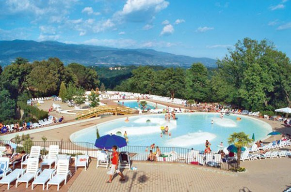 Pool auf Camping Girasole Club