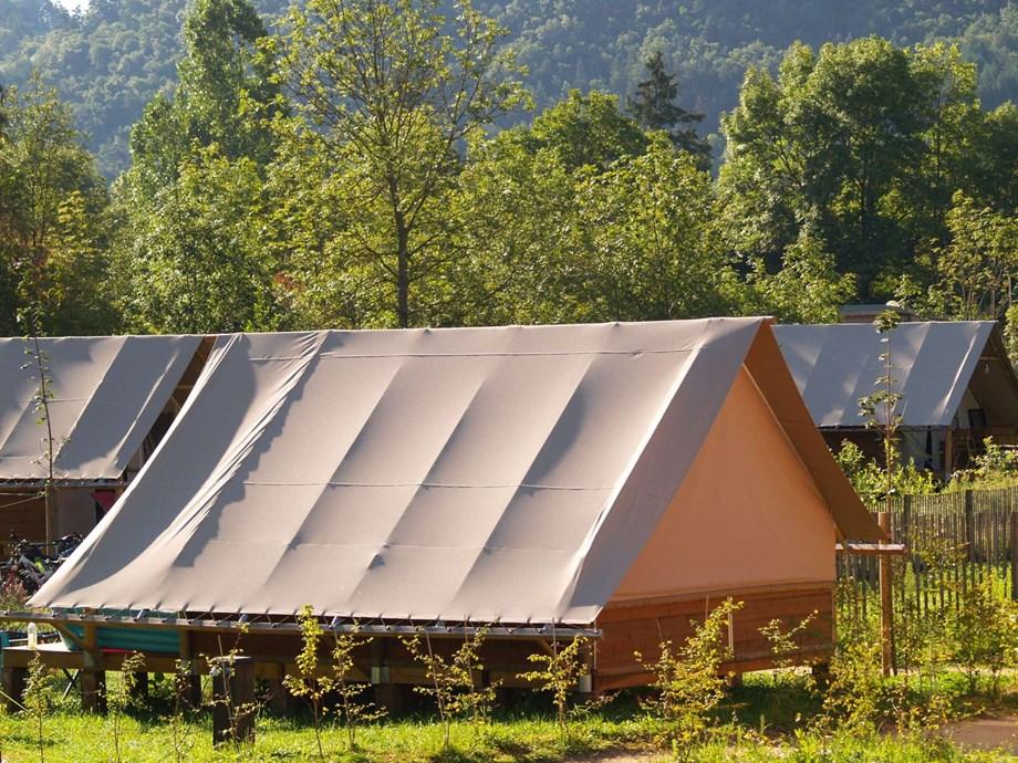 safari zelte auf cosycamp ihre glampingunterkunft in frankreich. Black Bedroom Furniture Sets. Home Design Ideas