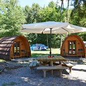 Luxuscamping: Pods auf TCS Camping Gampelen Neuenburgersee