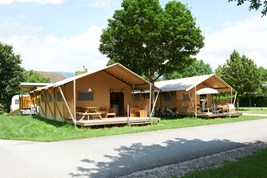 Luxuscamping - WC - Solothurn - Safari-Zelt Deluxe auf TCS Camping Solothurn