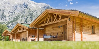 Luxuscamping - Swimmingpool - Blockhaus am TIROL.CAMP Leutasch