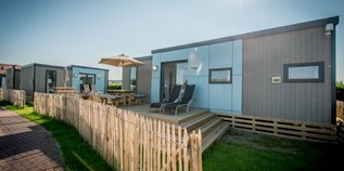 Luxuscamping - WC - Belgien - Bungalow für 2 Personen im Holiday Village