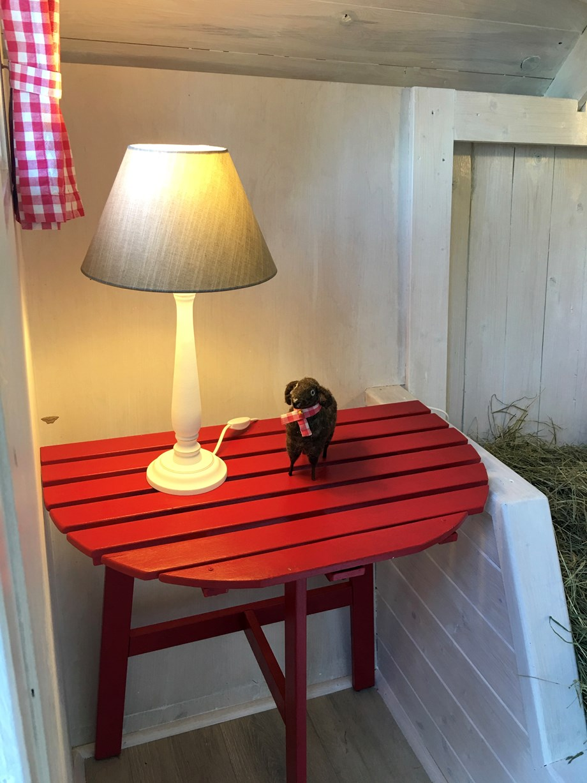 heuhotel im campingpark l neburger heide ihre glampingunterkunft in deutschland. Black Bedroom Furniture Sets. Home Design Ideas