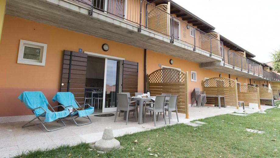 Bungalow catullo b3v auf camping piani di clodia ihre for Piccoli piani bungalow