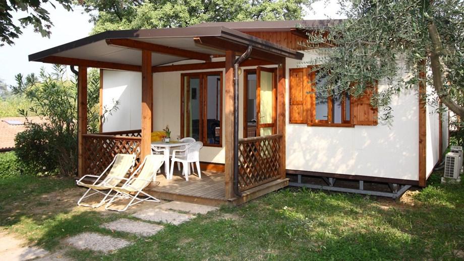 Maxicaravan m3 auf camping piani di clodia ihre for 3 piani di veranda stagionale