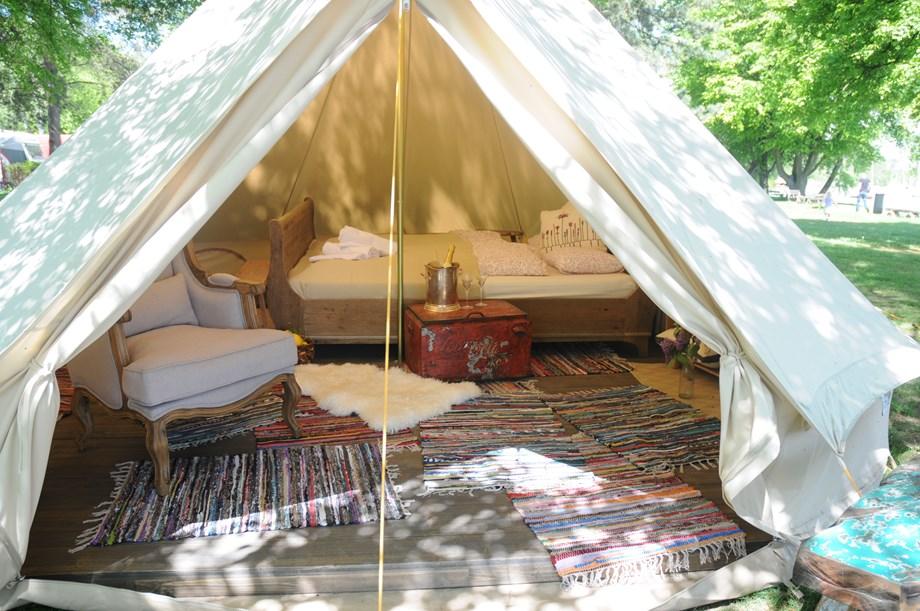 Zelt Auf Wohnmobilstellplatz : Safari zelt auf camping zürich ihre glampingunterkunft