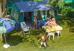 Luxuscamping - Swimmingpool - Burgund  - Bungalowzelte auf Camping Le Village des Meuniers