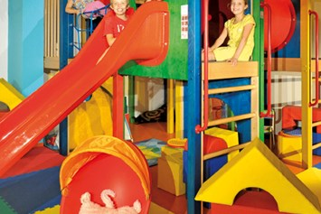 "Glampingunterkunft: Topi Kids Club - Safari-Lodge-Zelt ""Giraffe"" am Nature Resort Natterer See"