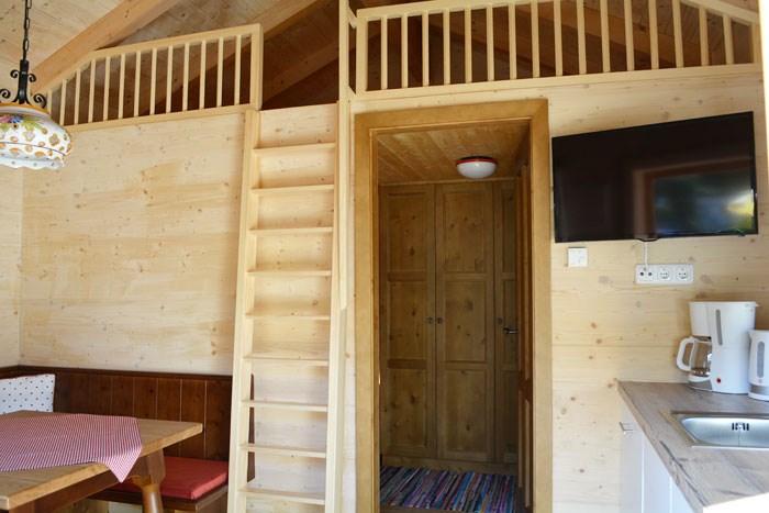 ferienh tten am camp mondseeland ihre glampingunterkunft. Black Bedroom Furniture Sets. Home Design Ideas
