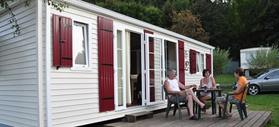 Luxuscamping - W-Lan - Wallonien - Luxe Chalets auf Camping Le Val de L'Aisne