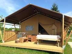 Luxuscamping - Champagne-Ardenne - Zelt Safary Woody am Camping de la Liez