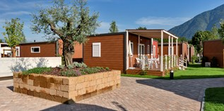 Luxuscamping - Tessin - Bungalow AZALEA Life auf Campofelice Camping Village