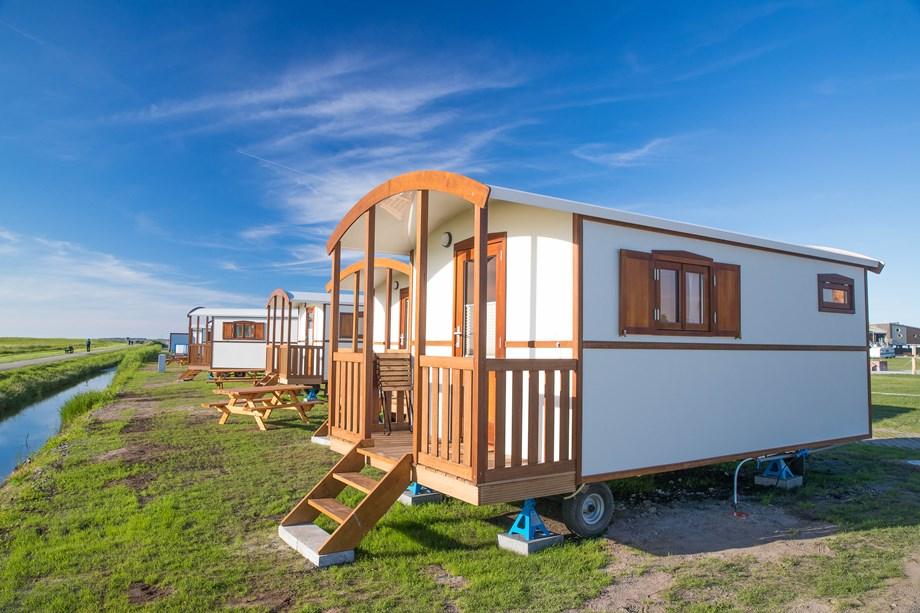 urlaub im pipowagen auf dem campingplatz am nordseestrand in dornumersiel ihre. Black Bedroom Furniture Sets. Home Design Ideas