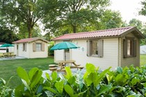 Luxuscamping: Exterior Simple Camp - Simple Camp auf Recreatiepark De Leistert