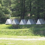 Luxuscamping: Die Shelter am Waldrand - Pop-Up Hotel am Camping Attermenzen