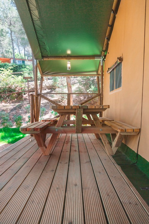 Glampingunterkunft: Terrasse - Glamping Zelt Lodge Charme auf Camping Le Pianacce