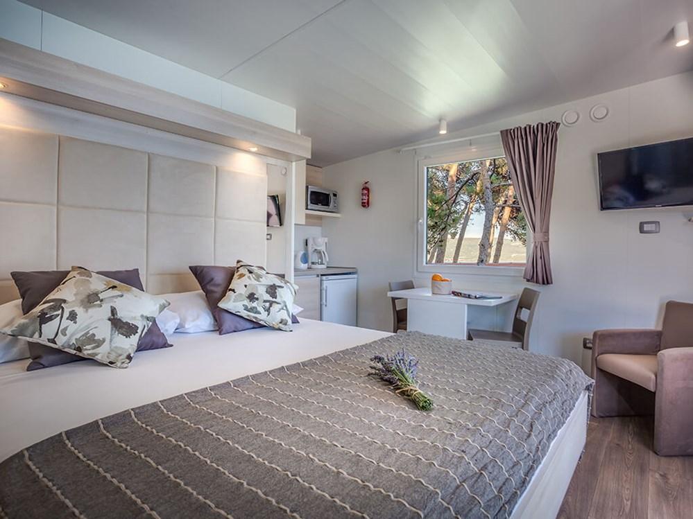 Lungomare Premium Romantic auf dem Ježevac Premium Camping ...