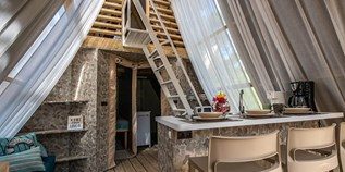 Luxuscamping - Umgebungsschwerpunkt: Meer - Pula - Two bedroom lodge tent auf dem Arena One 99 Glamping