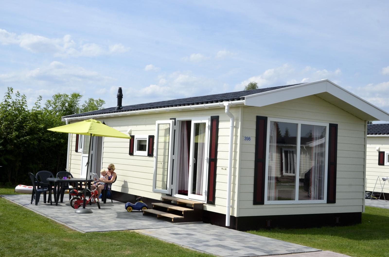Mobilheim Kaufen Ijsselstrand : Personen chalets auf camping ijsselstrand ihre