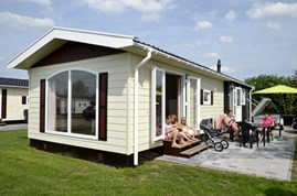 Luxuscamping - Swimmingpool - Doesburg - Chalets 6 P mit Sauna auf Camping Ijsselstrand