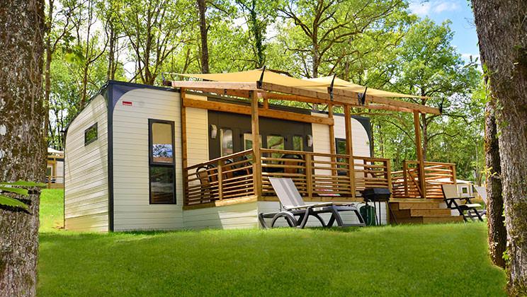 camping bella italia gardasee mobilheim campingplatz. Black Bedroom Furniture Sets. Home Design Ideas